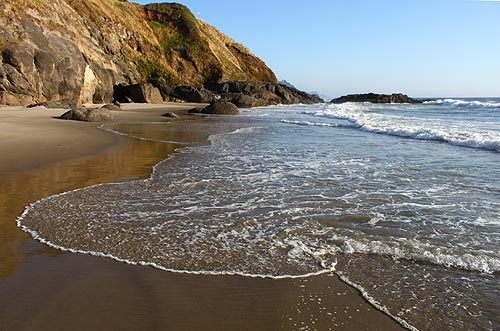 Beach Roundup: From Florence to Yachats